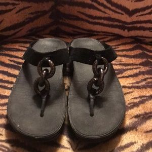 Black fitflops with chain detail, size 7